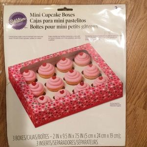 Wilton Mini cupcake Boxes 🎂🎂🎂🎉